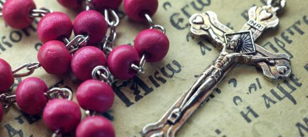 Our Lady of the Rosary of Fátima. Pray the Holy Rosary