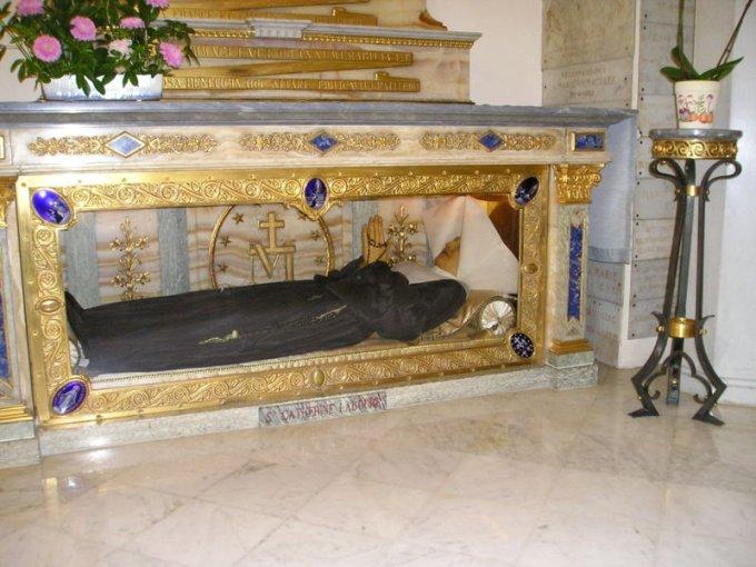JOUR 2 : «La sainte Vierge vous attend», prions avec Catherine Labouré